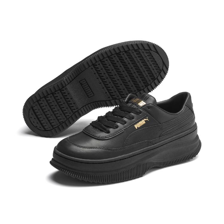 PUMA DEVA曜石黑休閒鞋3,480元。圖/PUMA提供