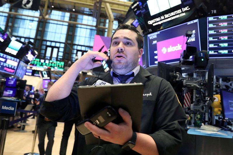 美股道瓊開盤小漲 斯達克指數續創新高。路透