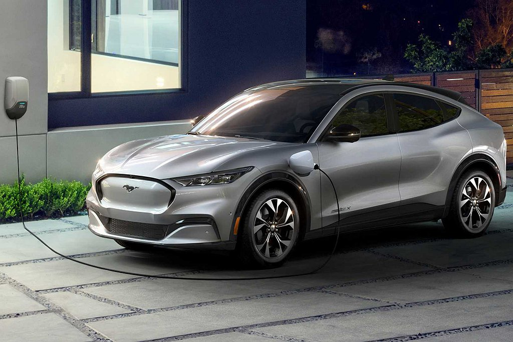 Ford與福斯汽車都認為商用車與電動車的需求將逐漸增長,雙方的合作模式下可提供更...