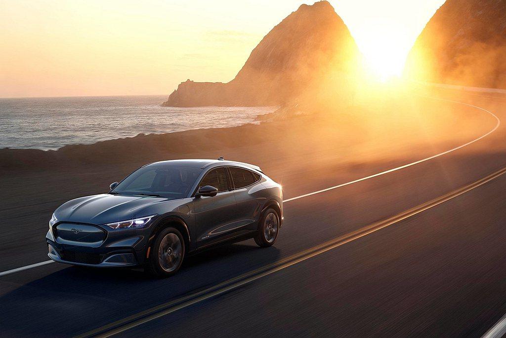 福斯汽車和Ford汽車雖然共享新車以及相關技術,不過仍持續保持競爭關係。 圖/F...