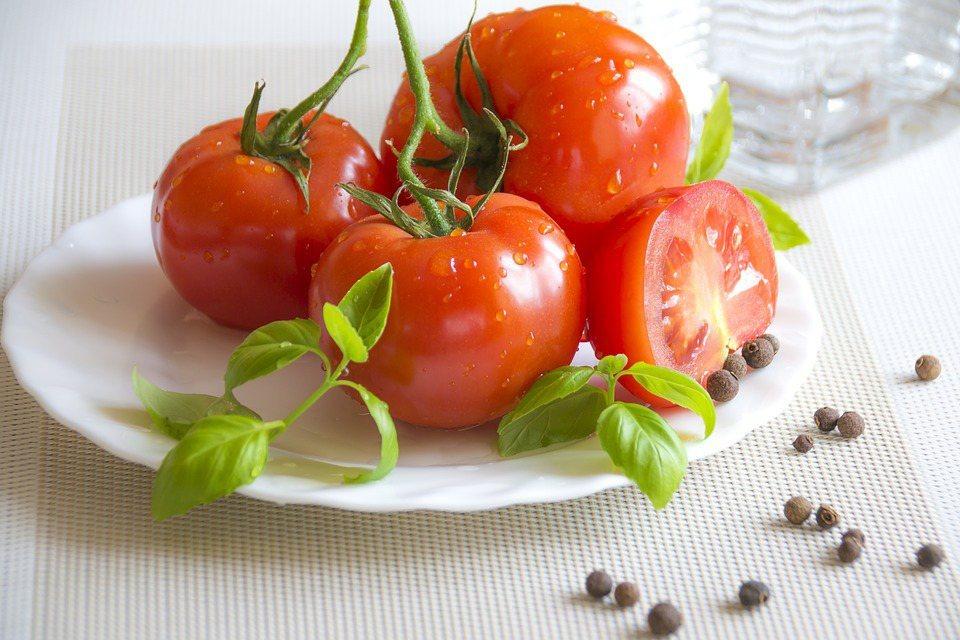 有人說金黃色比紅番茄減肥效果好,但是在醫師眼中,其實一點差異都沒有,除了有減肥美...