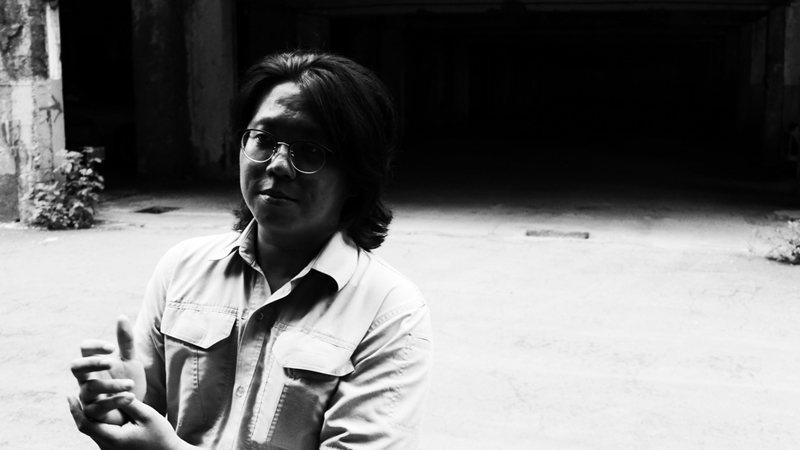 《工作記事》收錄了陳昌遠從17歲到36歲的詩作。 圖/達瑞攝,逗點文創結社提供