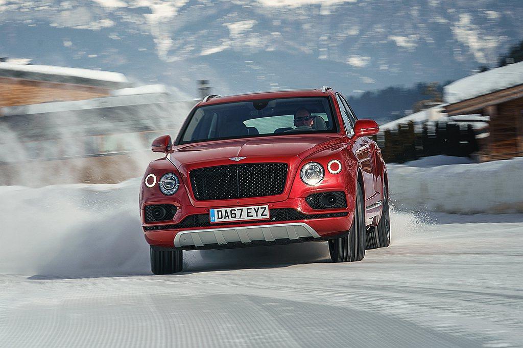 英國豪華汽車品牌Bentley,旗下首款LSUV持續創造品牌新紀錄。 圖/Ben...