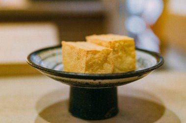 【施清元專欄】小小立方,收進一畝美景:川島豆腐店