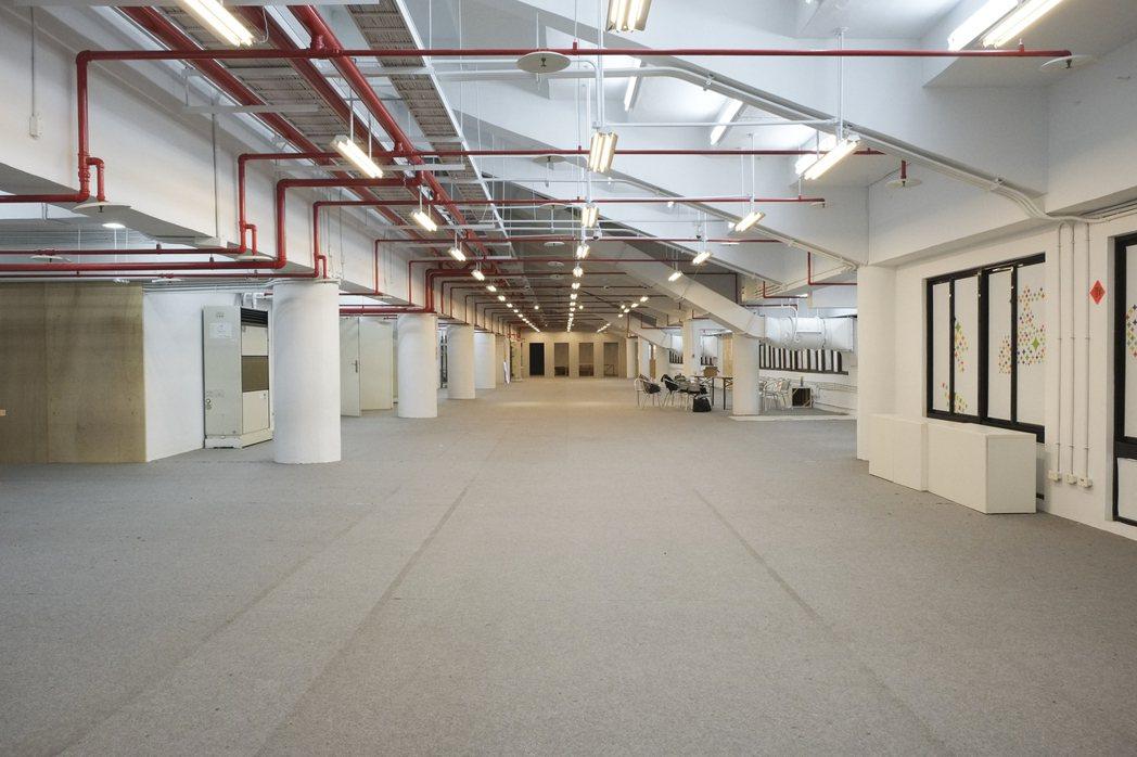 CIT活化中山足球場,成為千坪共同工作空間。圖/游適任提供