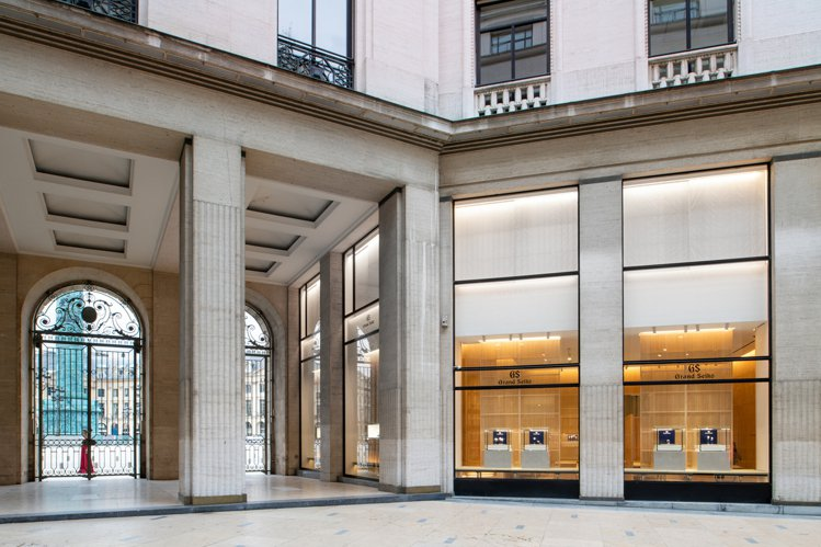 Grand Seiko的歐洲第一家旗艦店,正式進駐了巴黎芳登廣場。圖/SEIKO...