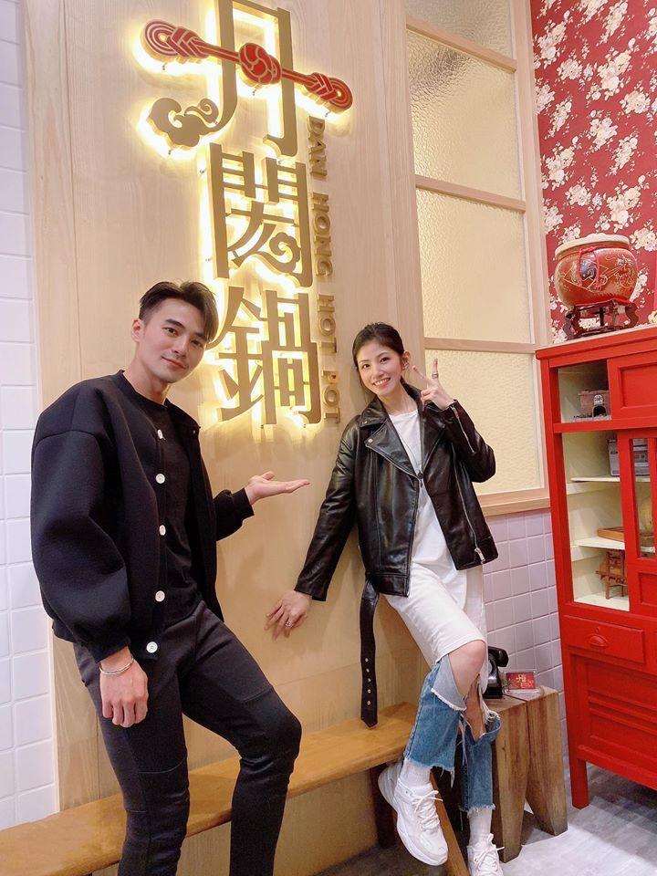 是元介(左)去年還到李千那家中開設的火鍋店捧場。圖/摘自臉書