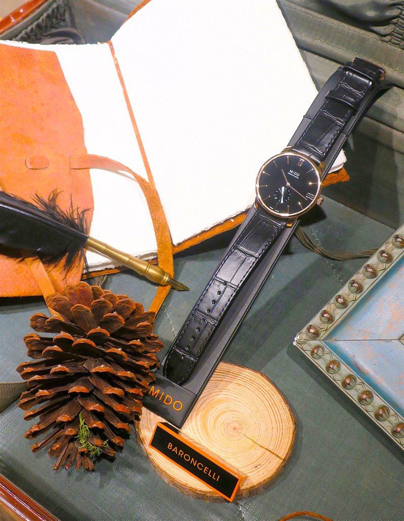 黑色漆面、手上鍊的Barconcelli Mechanical手上鍊小秒針腕表,是品牌總裁今年推薦首選,限量2020只,38,600元。記者釋俊哲/攝影。