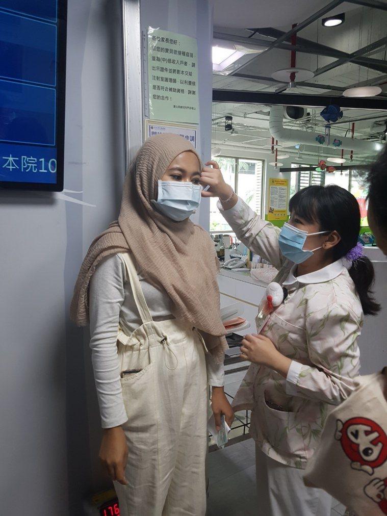 患再生性不良貧血的莉娜,每周定期回北榮就診。記者楊雅棠/攝影