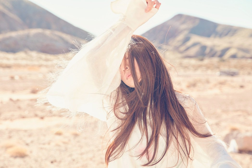田馥甄為新專輯視覺遠赴洛杉磯取景。圖/何樂音樂提供