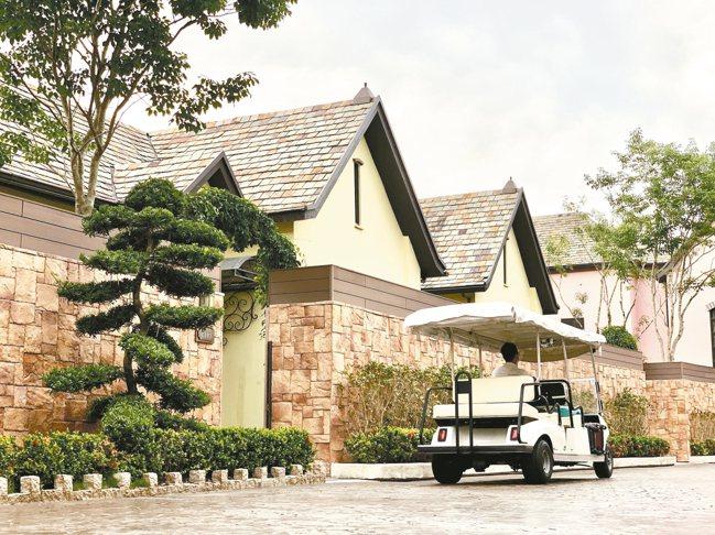 瑞穗天合酒店的格蘭別墅有19棟Villa,沈浸在南歐莊園氛圍中,適合金字塔頂端的...