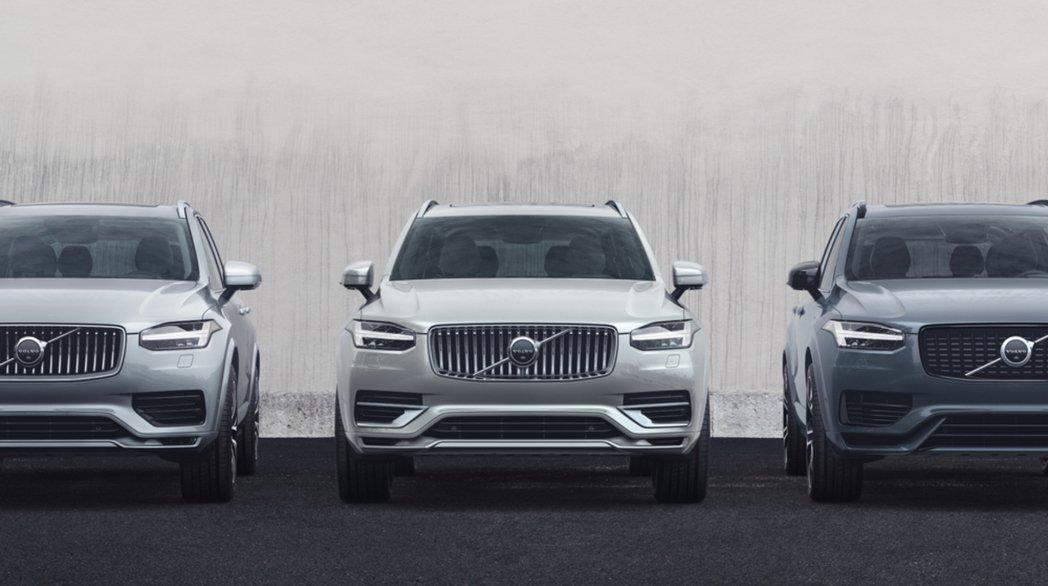 國際富豪汽車導入全新年式 Volvo XC90,並重新調整動力編成,以 B5 及...