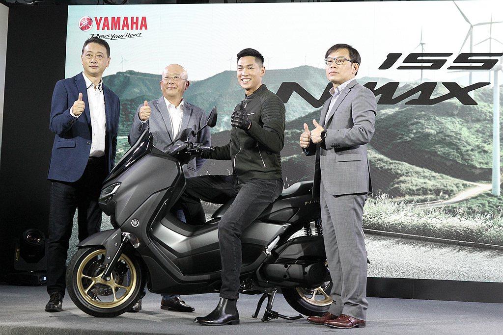 承襲Yamaha在速克達領域中最頂級的「MAX」家族精神,Yamaha NMAX...