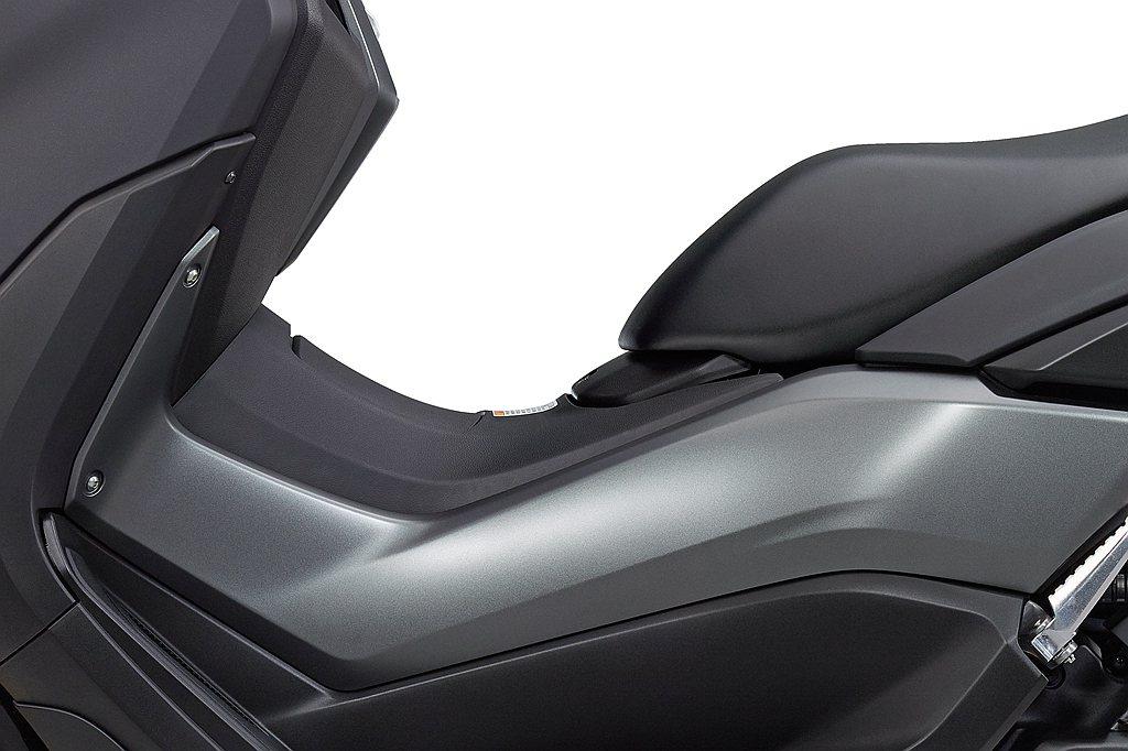 車體使用高剛性的龍骨式車架,提供穩定的操控體驗。 圖/Yamaha提供