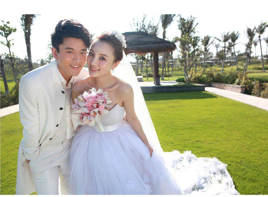 賈乃亮、李小璐宣布離婚後有望復合。圖/摘自微博
