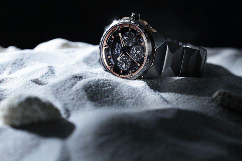 星辰表預計在今年第四季推出超級鈦旗艦級CC4025-82E腕表,搭載光動能GPS衛星對時F950機芯,全台限量2只,約15萬8,000元。圖/Citizen提供