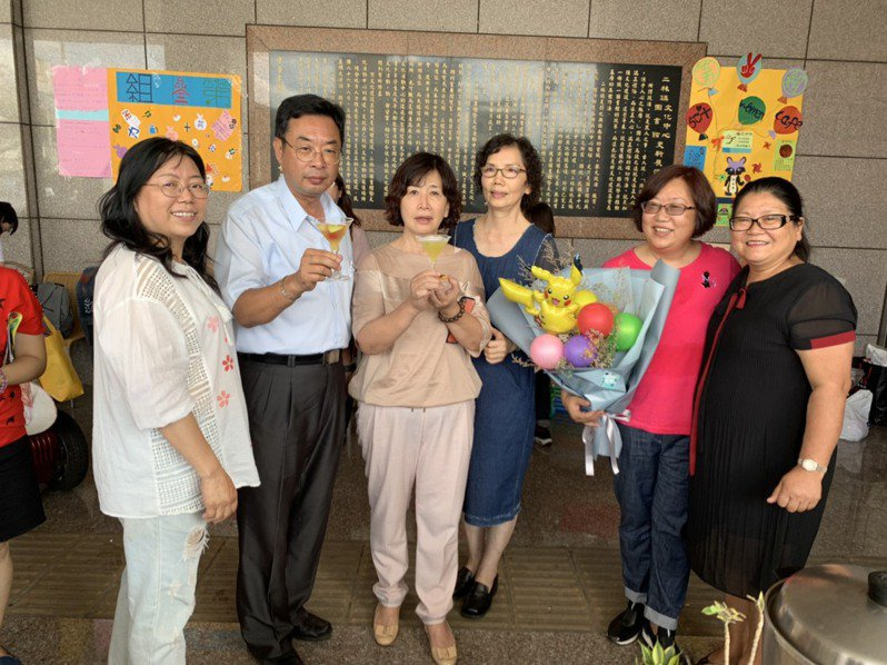 勞動部在彰化縣二林鎮開辦咖啡課程培訓,結訓率達九成。圖/二林鎮公所提供