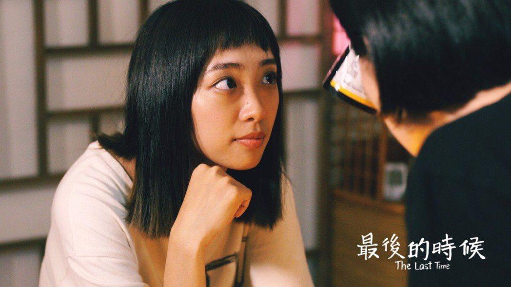 兩位女主角李薇、咏陵戀人變閨蜜?! 電影中兩位女主角-李薇、應咏陵本身都是異性戀
