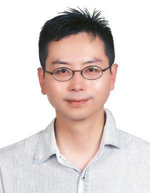 義大癌治療醫院神經科主治醫師陳建志。圖/陳建志提供