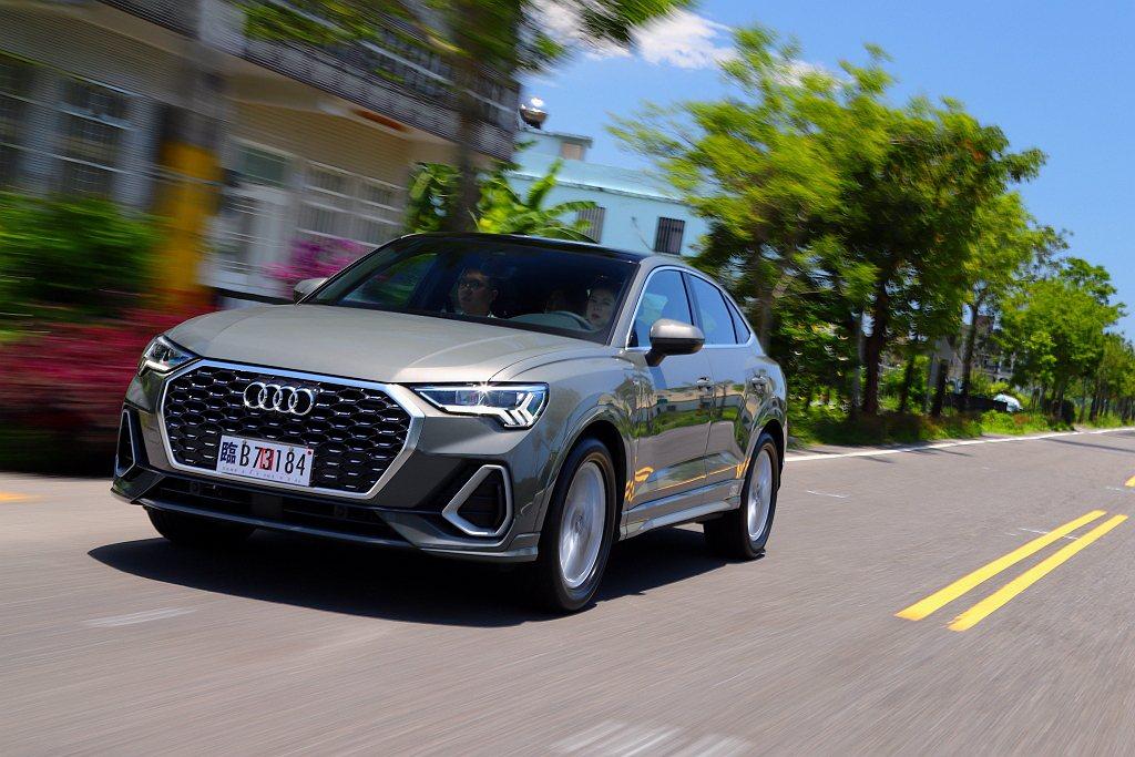 全新第二代Audi Q3都會休旅正式導入台灣市場,並以更為強烈的Sportbac...