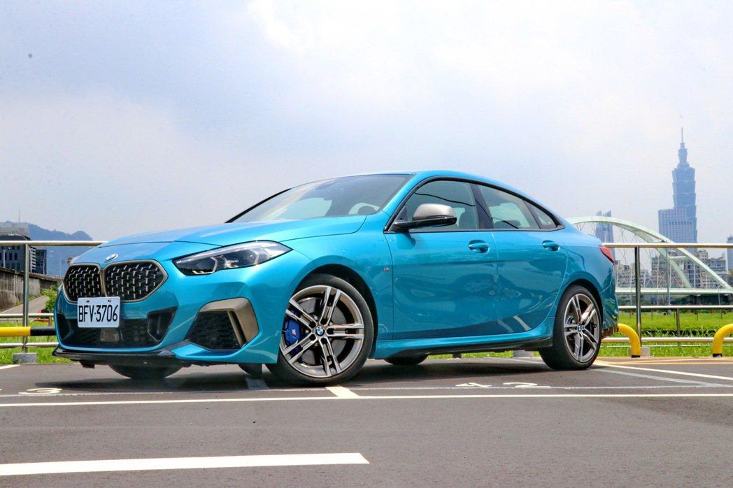 BMW M235i xDrive Gran Coupe將劍指Mercedes-B...