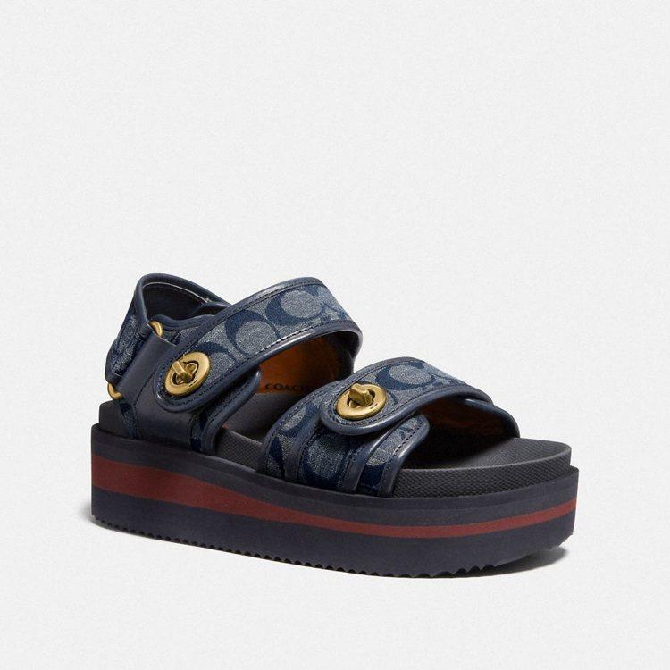Chambray運動風涼鞋,16,800元。圖/COACH提供