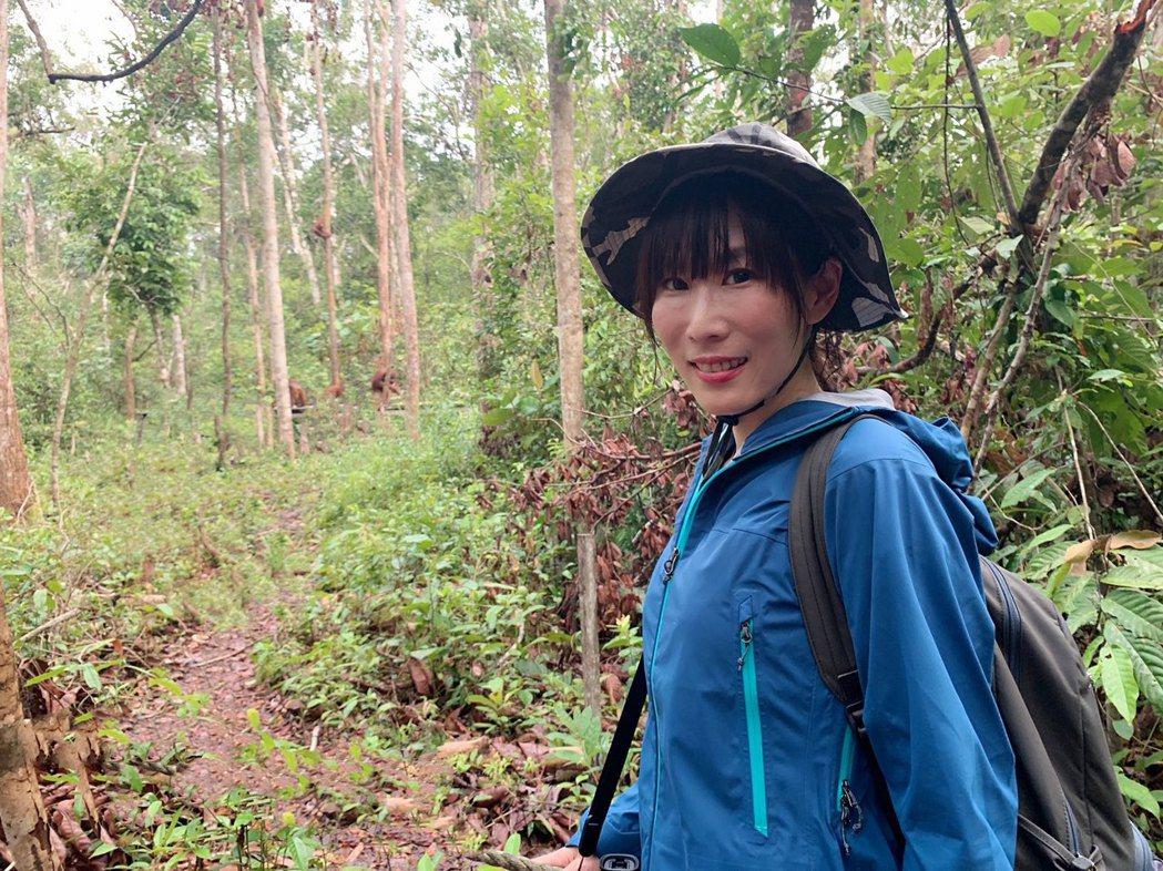 舒夢蘭深入印尼雨林。圖/東森提供