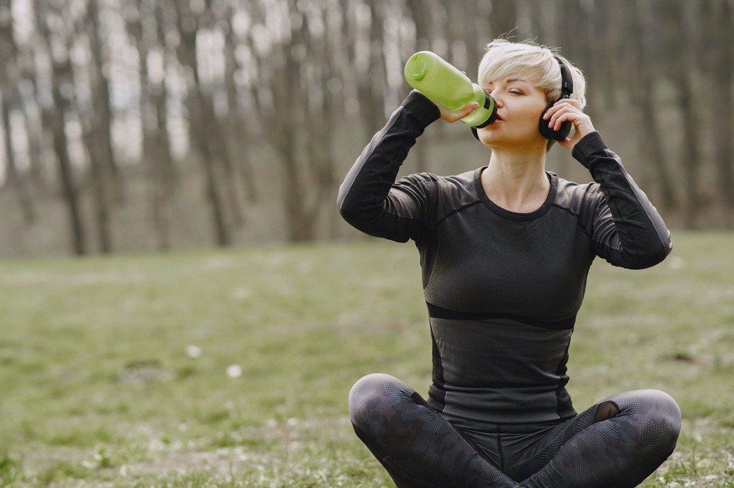 有規律的運動,才能讓減肥看得見成果。圖/摘自 pexels
