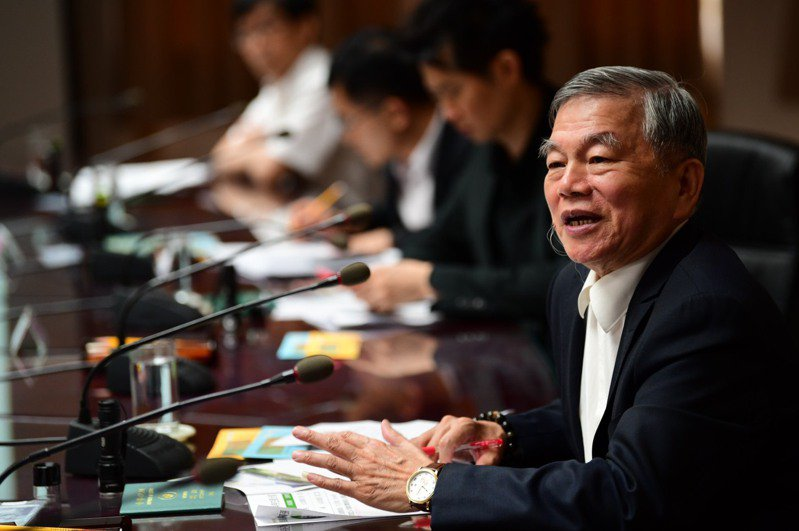 鄭運鵬表示,如果是沈榮津升任副院長,他認為會和高雄市長由楊明洲代理一樣,是令人放心的安排。圖/行政院提供