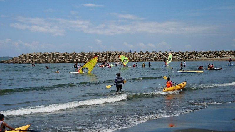 漁光島是台南風帆運動的訓練基地,也是最佳的水域活動場所。 圖/鄭惠仁 攝影