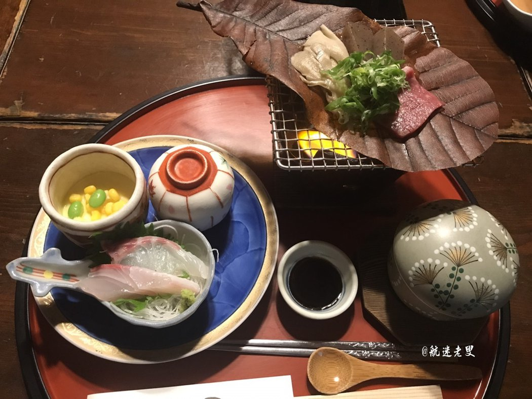 懷石料理簡單清爽,追求食物的原味, 從器皿和擺盤都充滿禪意。