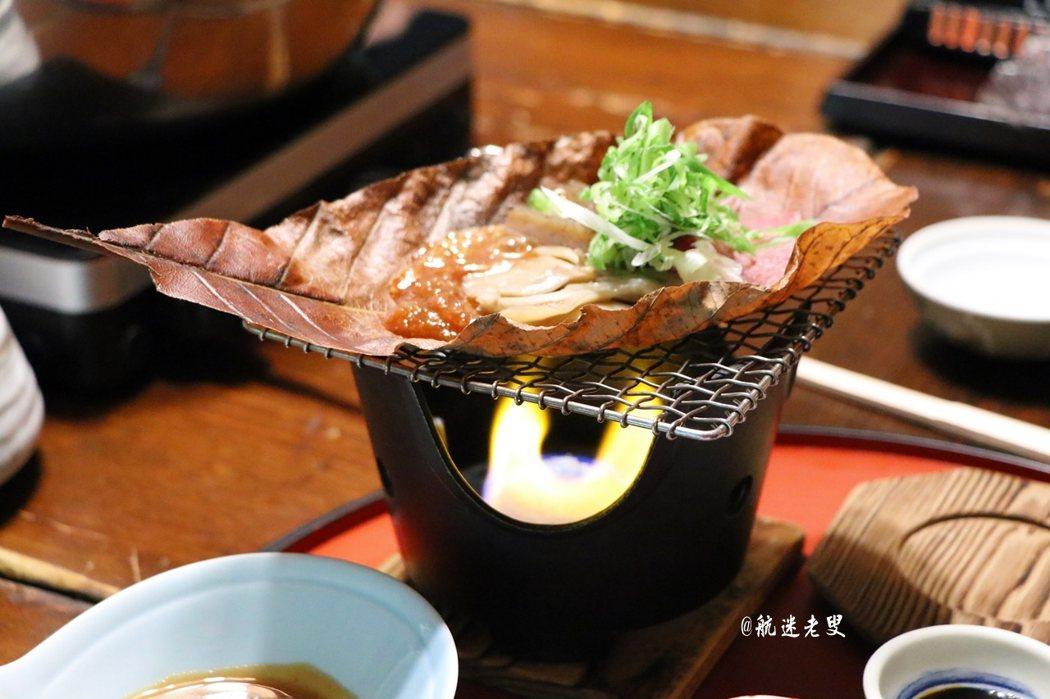 牛肉燒烤鮮甜入味,有濃郁的神戶味, 滑嫩的口感帶來真實的享受。