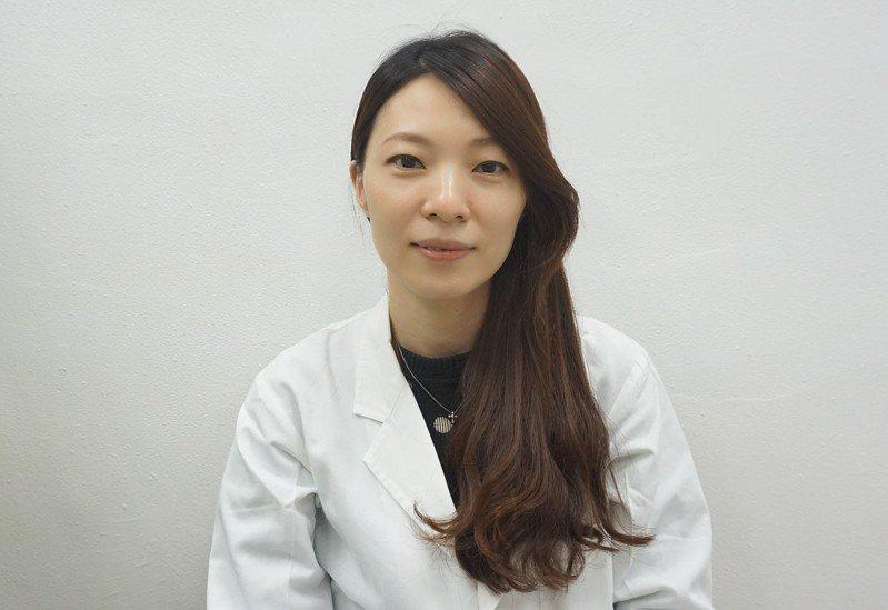 台北榮總病理檢驗部一般檢驗科主任何祥齡表示。北榮病理檢驗部因應疫情,一月底就啟動全台唯一三班輪值的檢測機制。記者羅真/攝影