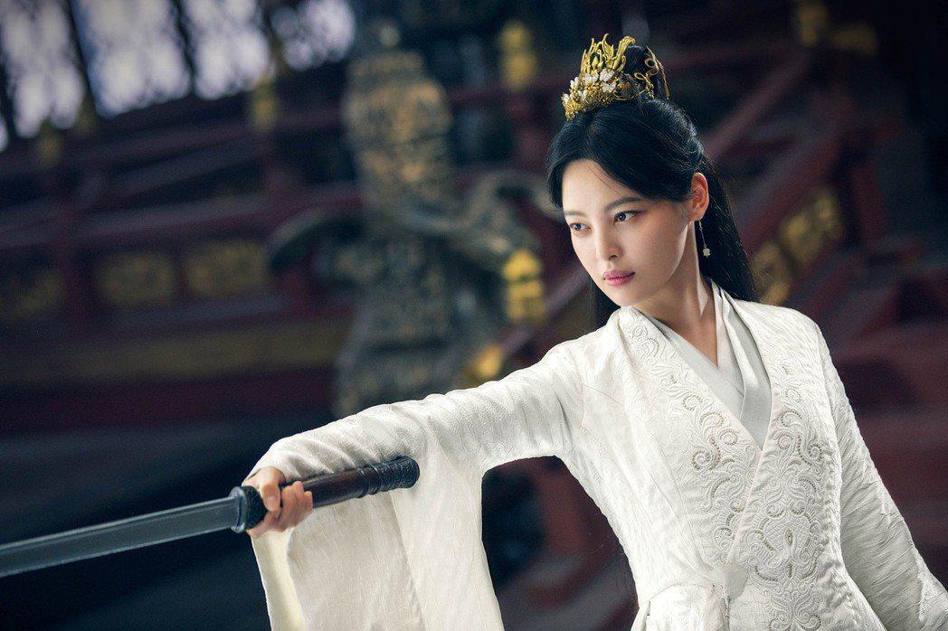 辛芷蕾在「慶餘年」飾演北齊聖女海棠朵朵。圖/中天娛樂台提供