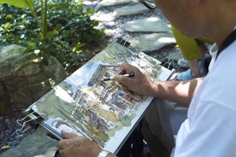 曾經幫畫家鄭開翔寫推薦序文的張柏舟教授描繪陳茂通故居,不過因為文資會判定不具文化資產價值,所以被拆除了。 圖/取自陳茂通宅守護影片