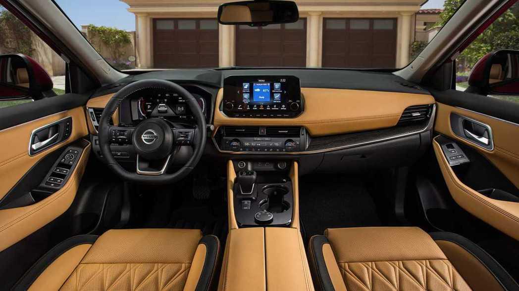 """""""Family hub""""家庭為主的訴求讓Rogue的車室也是以舒適實用為導向。 ..."""