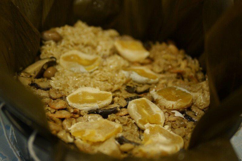 還可以加幾個鹹鴨蛋黃,入味後更好吃。