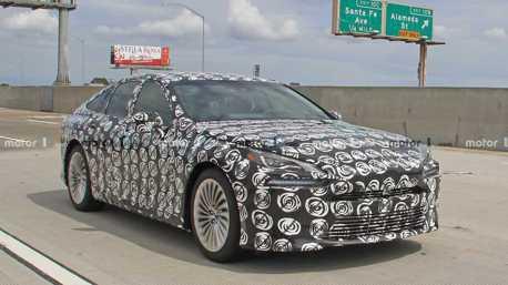 第二代Toyota Mirai偽裝測試車曝光 氫能源車持續有未來