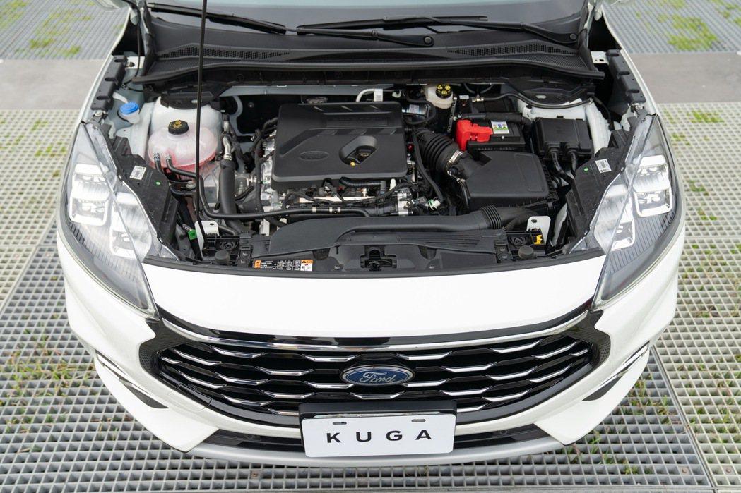 色,其中EcoBoost®180 渦輪增壓汽油引擎採用雙噴油系統技術,搭配八速自...