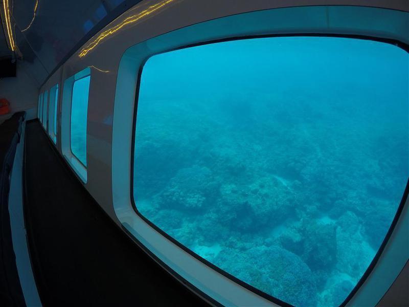 ▲暑假親子旅遊活動推薦-小琉球半潛艇體驗。(圖/Tripbaa趣吧!達人帶路)