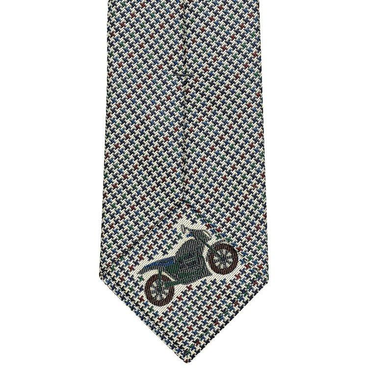 厚真絲領帶,7,700元。圖/愛馬仕提供