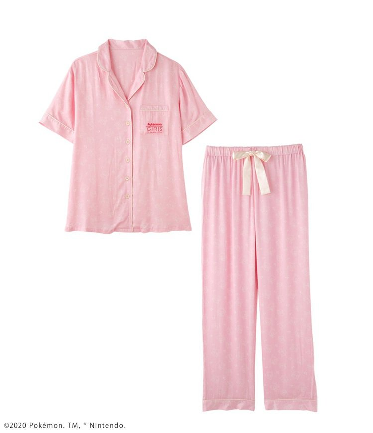 寶可夢印花襯衫式睡衣組,1,590元。圖/PEACH JOHN提供