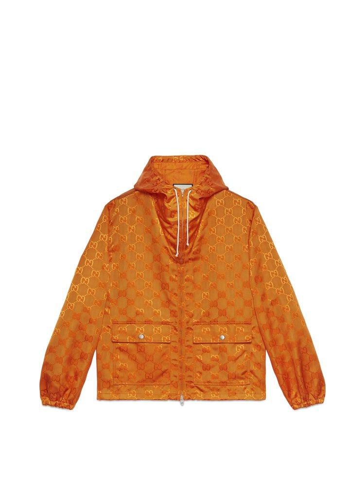 OFF THE GRID系列亮橘運動風衣,51,500元。圖/GUCCI提供