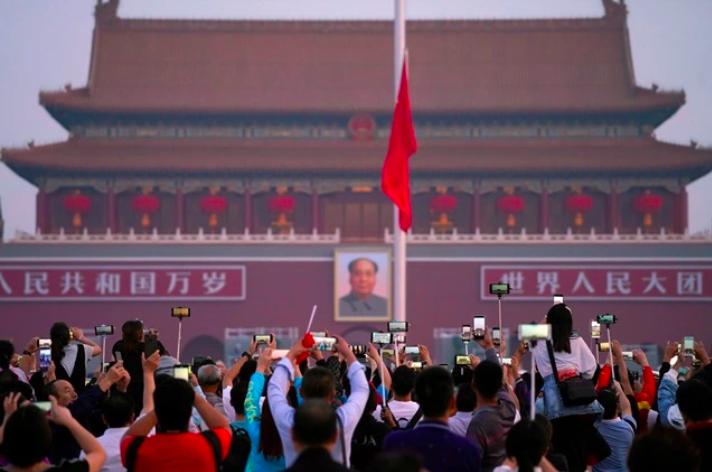 中國社科院研究員張明分析,今年大陸經濟可能增長3%;但新冠肺炎疫情衝擊訂單,製造業將非常艱難。照片/路透