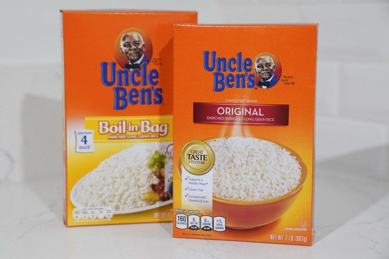 在全美爆發反種族歧視示威之際,美國兩大食品公司今天宣布,它們將改變旗下「潔米瑪姑媽」及「班叔叔」品牌,兩者都以非裔美國人當商標圖案。 美聯社