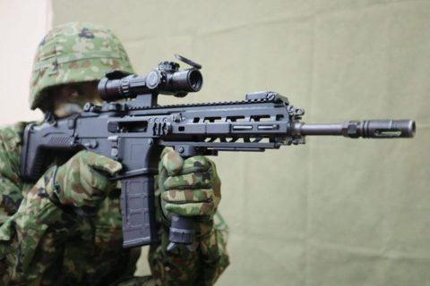89式突擊步槍設計硬傷,日本自製20式突擊步槍全新登場