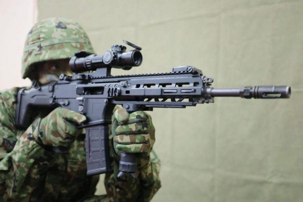日本豐和工業今年5月發表最新新一代的20式突擊步槍。 圖/日本防衛省