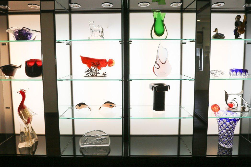 春池綠能玻璃觀光工廠玻璃藝術品。記者林伯東/攝影