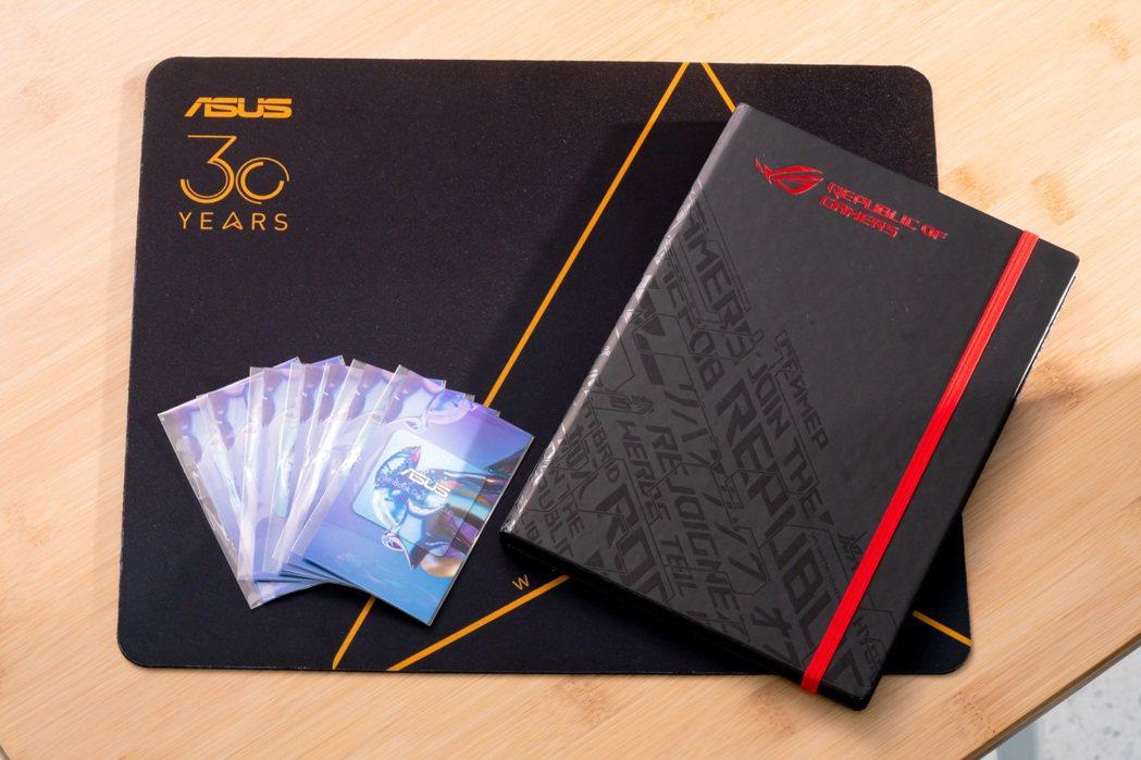 開幕期間來店購買ROG全系列,贈送精美ROG限量筆記本、30周年紀念滑鼠墊、AS...