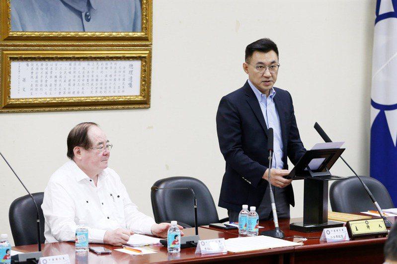 國民黨主席江啟臣(右)昨在中常會宣示「黨產歸零」決心。記者邱德祥/攝影
